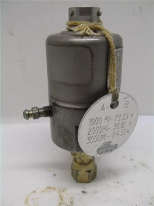 Viatran 1082BC2AAL70 Pressure Transducer 0-3000 PSIG