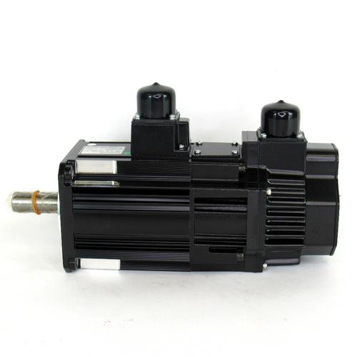 Yaskawa Electric SGMSS-15A2A-YR12 AC Servo Motor, 1500W, 200 V w/ UTSAE-B17CL Absolute Encoder, NEW
