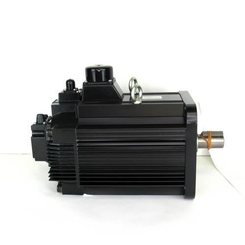 Yaskawa Electric SGMRS-55A2A-YR22 AC Servo Motor, 5500W, 1500r/min, NEW