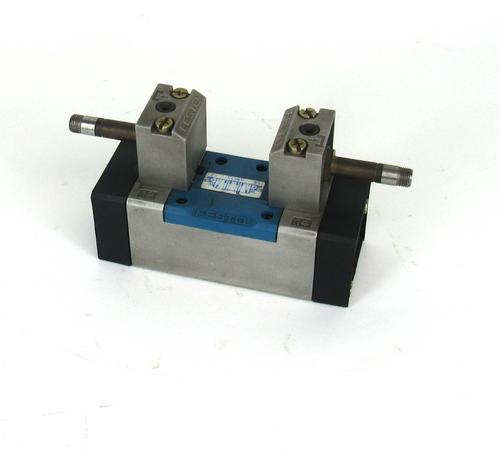 Festo MFH-5/3E-D-1 C Solenoid Valve 145Psi
