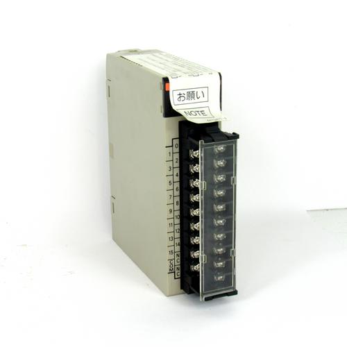 Omron C200H-ID212 Input Unit, 24V DC, 7mA, NEW