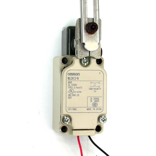 Omron WLCA12-N Limit Switch w/ Adjustable Roller, 250V AC, 48V DC