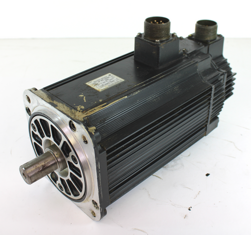 Yaskawa SGMG-13AWA-YR11 AC Servo Motor 1300W 1500 RPM 10.7A