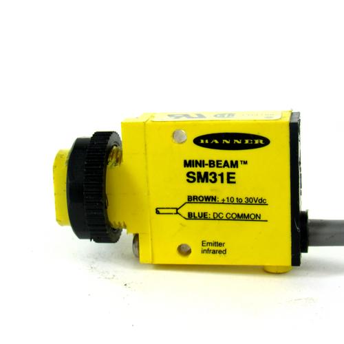 Banner Engineering SM31E Photoelectric Sensor, Mini-Beam, 10-30V DC