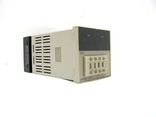 Omron H5CN-AN Digital Timer, 12-48Vdc, 4 Digit, Panel Mount with Base