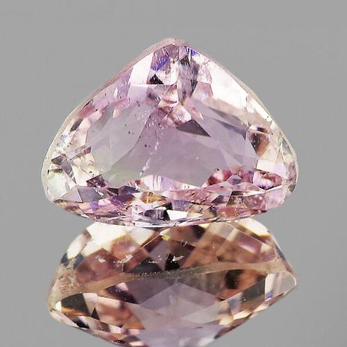 9x7 mm Pear 2.30cts Natural Brilliant Soft Pink Kunzite [VS]