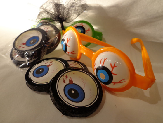 Chocolate Googly Eyes with Toy Glasses