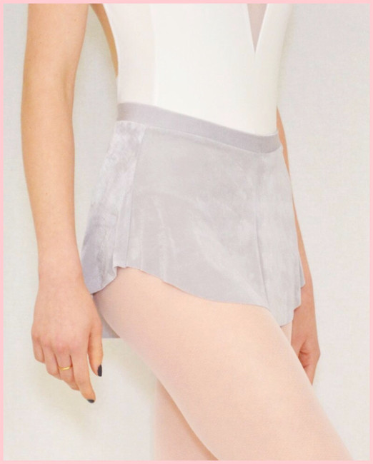 Bullet Pointe Skirt - Cloud
