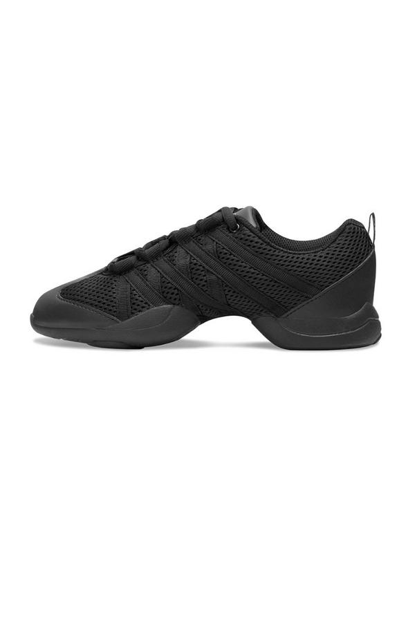 Criss Cross Sneaker