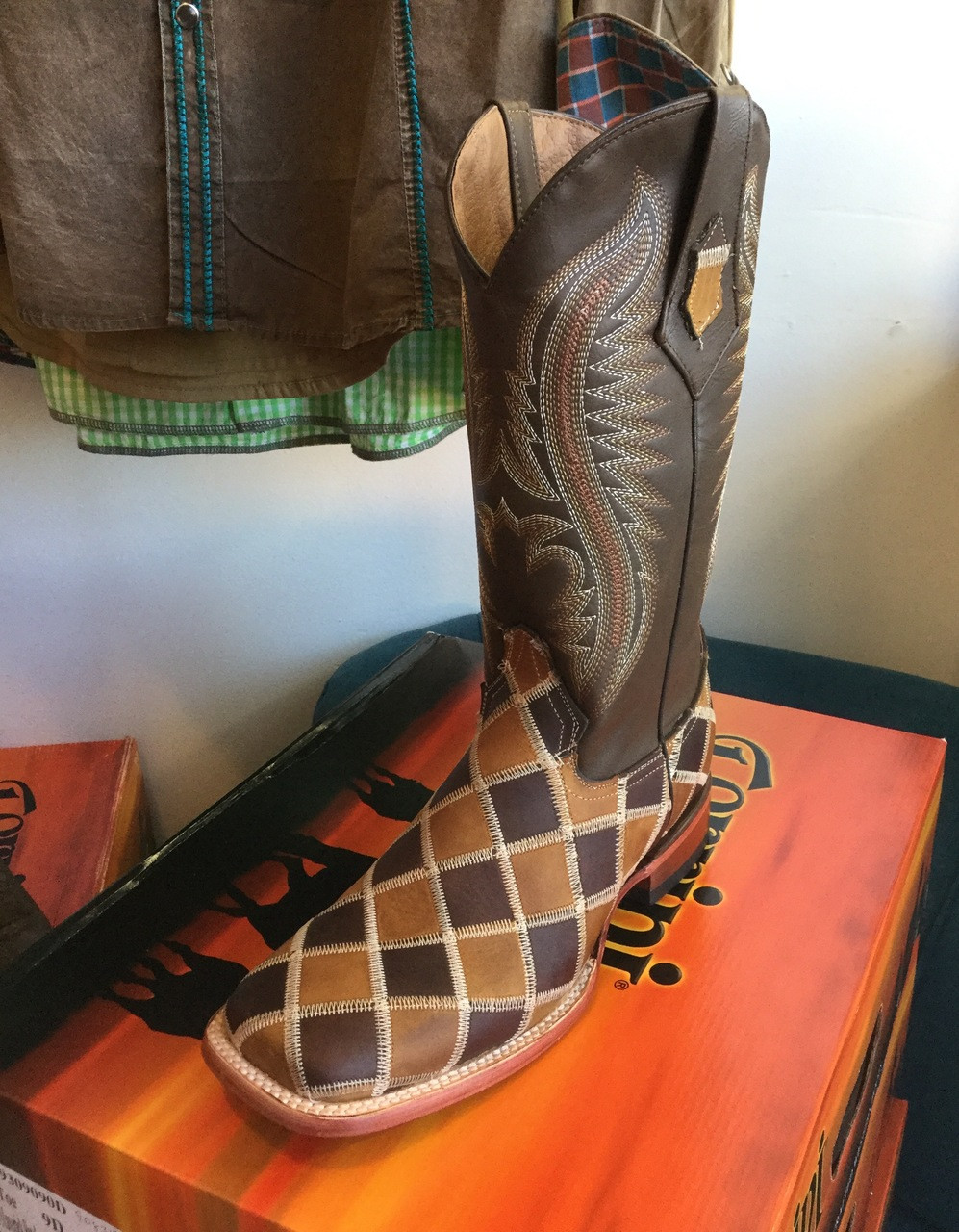 e9ae6bcfad1 Men's Ferrini Maverick Patchwork Boot in Chocolate & Honey