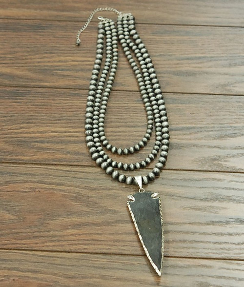 "24"" Western Pearl Necklace with Natural Jade Arrowhead Pendant"
