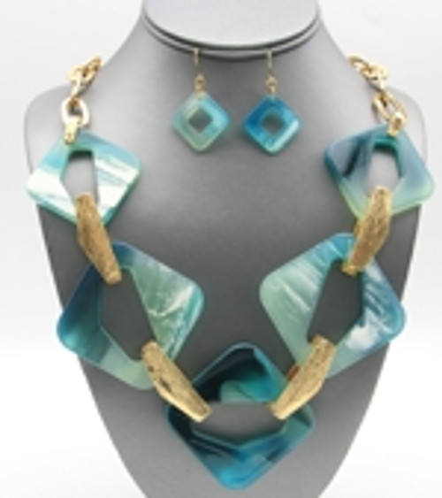 Fun Chunky Teal Resin and Gold Necklace Set