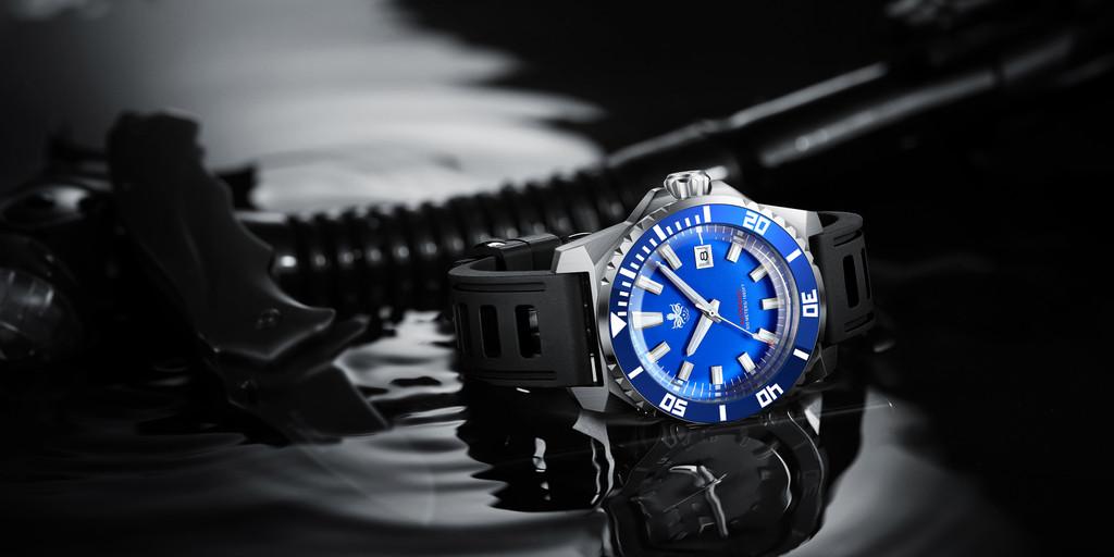 PHOIBOS LEVIATHAN PY032B 500M Automatic Diver Watch Blue