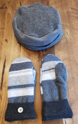 Woman's Wool Hat and Mitten Set - LC17