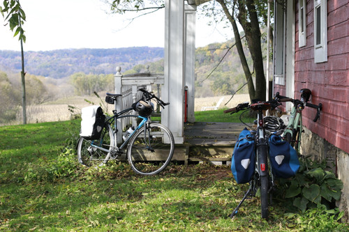 5 Tips to Extend Your Bike Commuting into the Fall Season