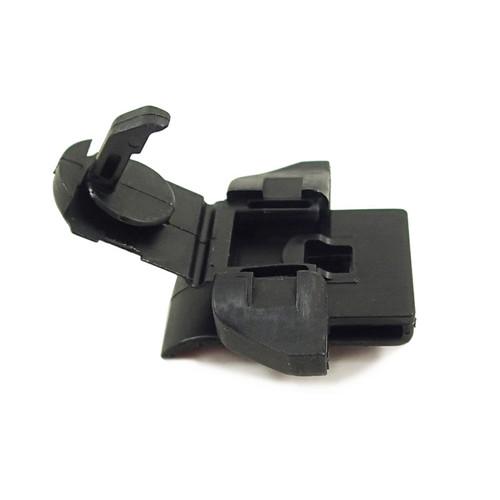 MONTERO Gen3 - Pinch Clip, Splash Shield (MU488003)