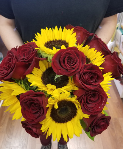 Bold and Beautiful Bridal Bqt with sunflowers and red roses