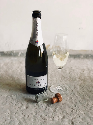 Champagne & Wine