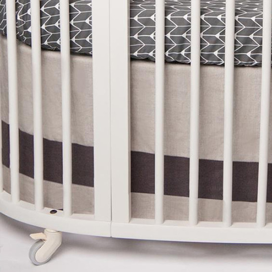 Oilo Stokke Sleepi Band Crib Skirt - Linen