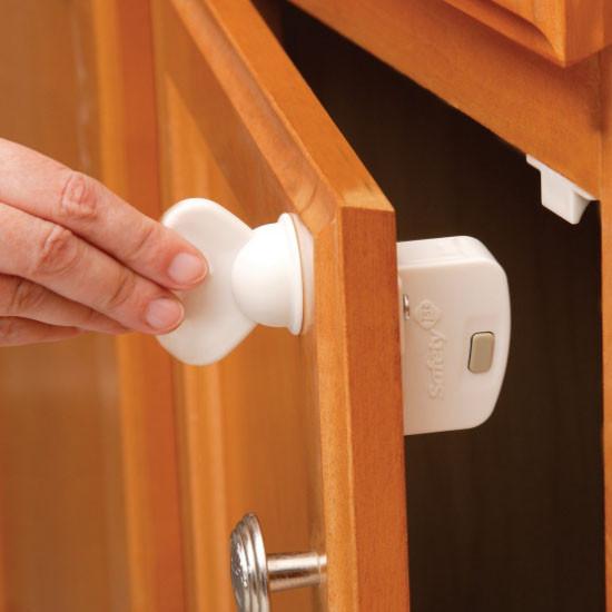 Safety 1st Magnetic Locking System Key - 1 Key-4