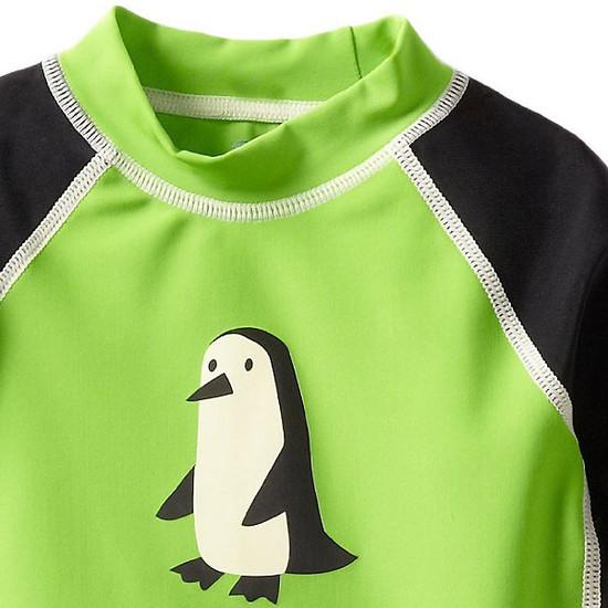 i play. Mod Three-Quarter Sleeve Rashguard - Green Penguin-2
