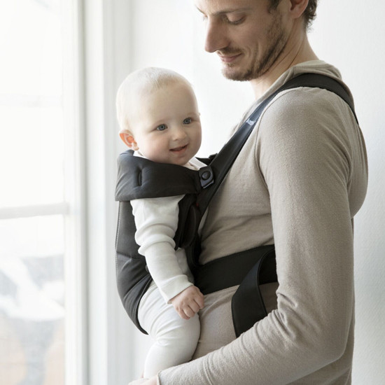 Baby Bjorn Baby Carrier Mini - Black Cotton is easy to use for moms and dads