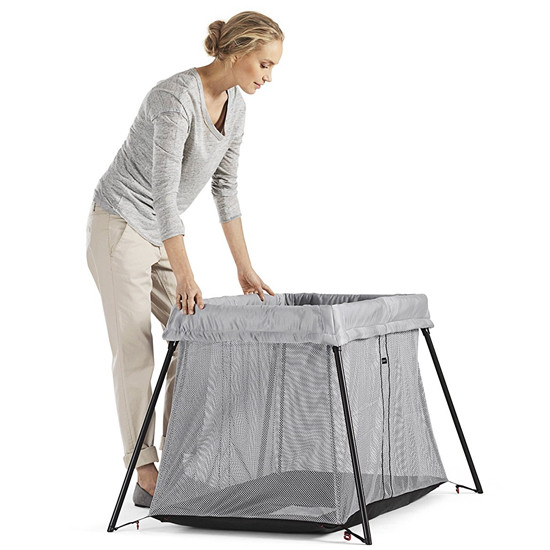Baby Bjorn Travel Crib Light in Silver Steps on how to unfold step 5