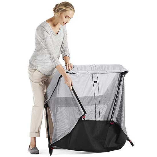 Baby Bjorn Travel Crib Light in Silver Steps on how to unfold step 4