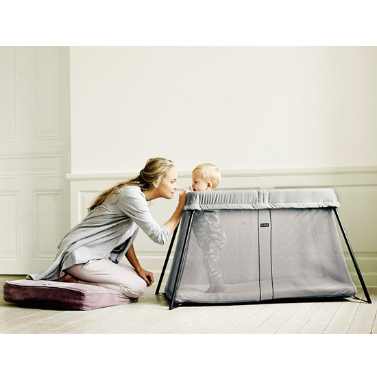Baby Bjorn Travel Crib Light in Silver Steps Lifestyle with Mom