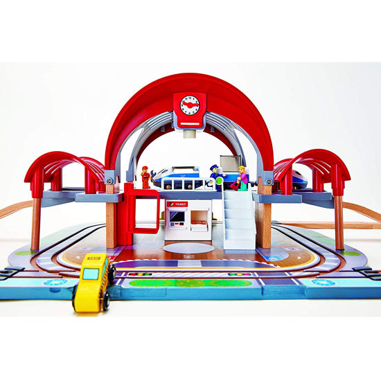 Hape Grand City Station Railway Playset_thumb1_thumb2