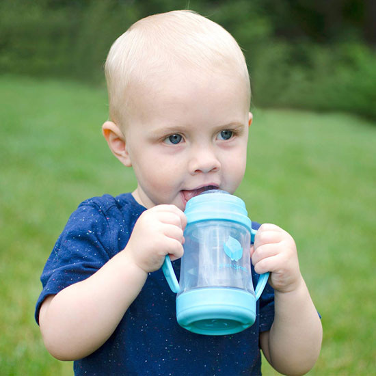 i play. Green Sprouts Glass Sip & Straw Cup - Green_thumb1_thumb2
