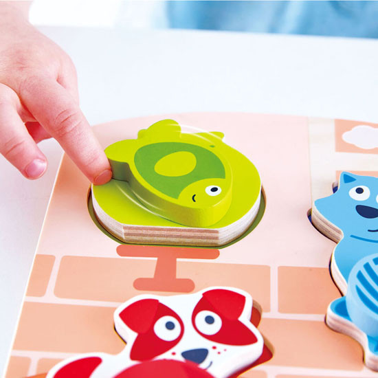 Hape Dynamic Pet Puzzle Feature