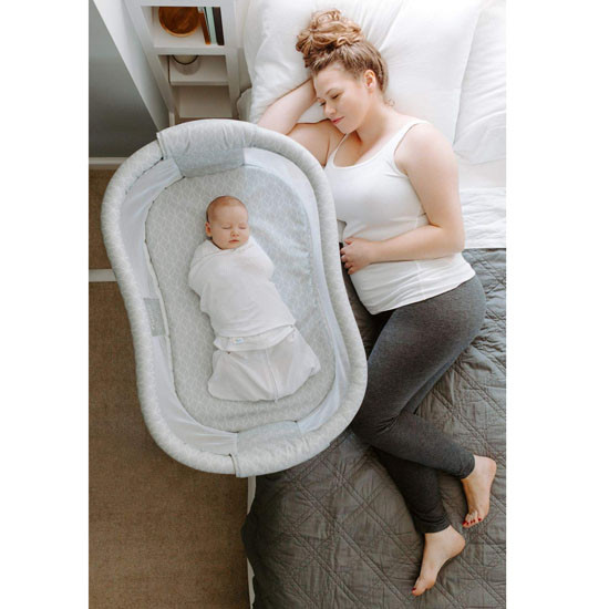 Halo Bassinest Swivel Sleeper Essentia Series Lifestyle