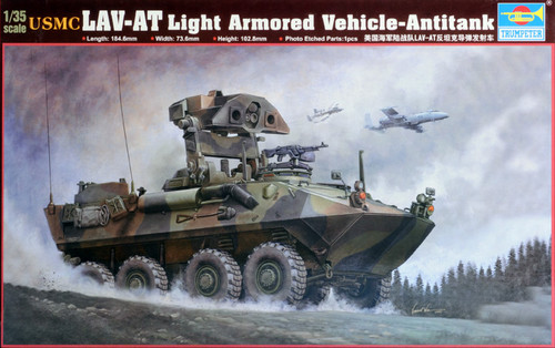 Trumpeter 00372 - 1:35 USMC LAV-AT Light Armored Vehicle-Antitank