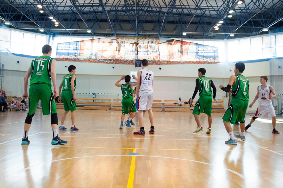 3 Tips for Building Unity and Team Spirit in Your Basketball Team