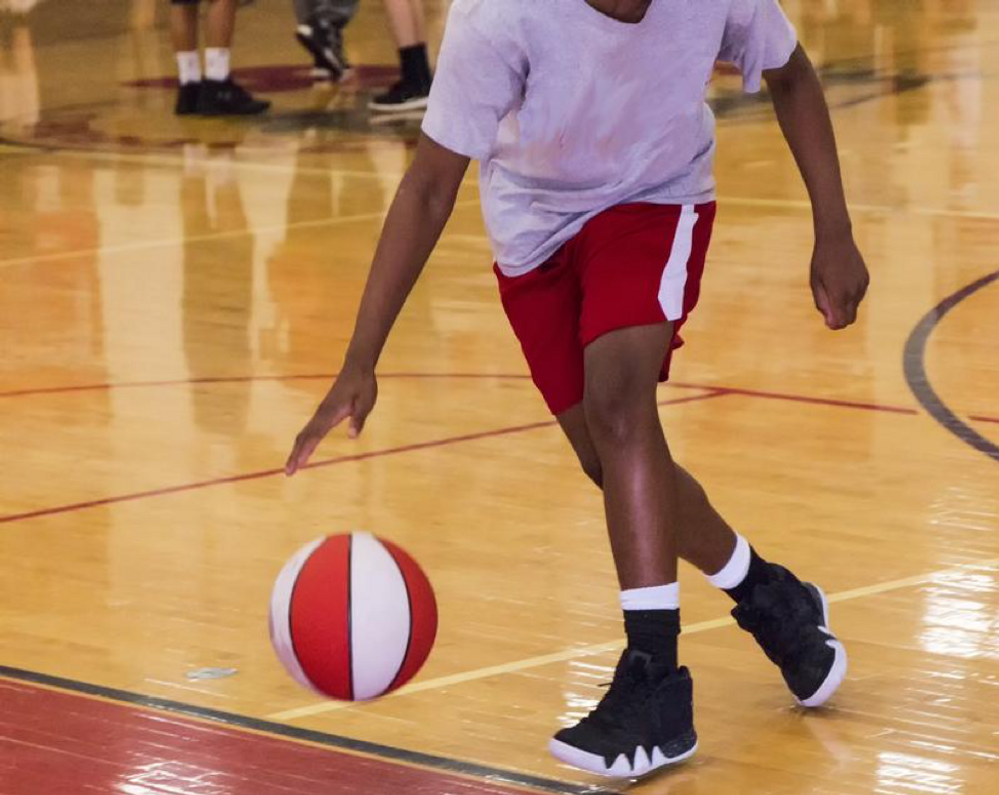 What to Look for in a Gym for Your Youth Basketball Team