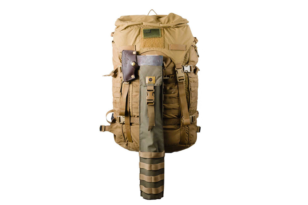 Attach to other items via the MOLLE loops