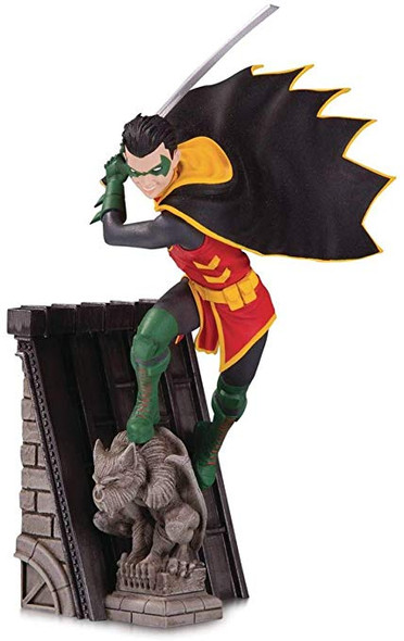 Batman Family: Robin Statue