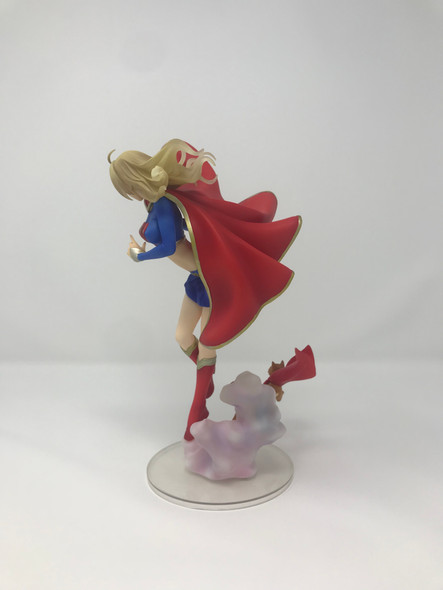 Kotobukiya DC Comics Supergirl Bishoujo [No Box]