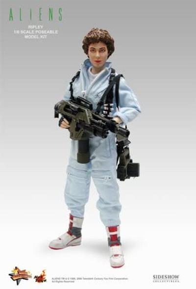 Hot Toys 1/6 Scale Alien - Warrant Officer Ellen Ripley
