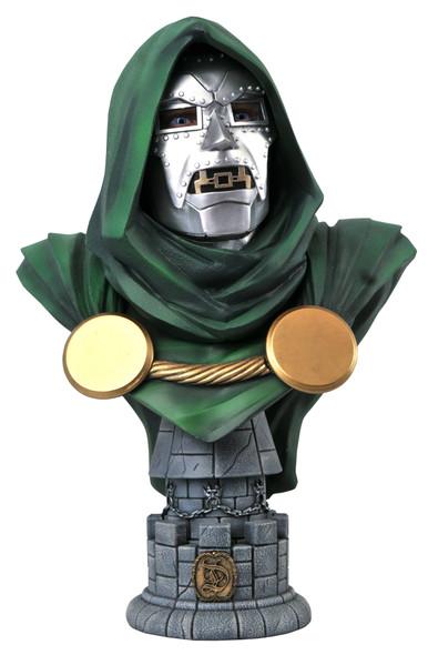 Marvel: Doctor Doom 1:2 Scale Bust