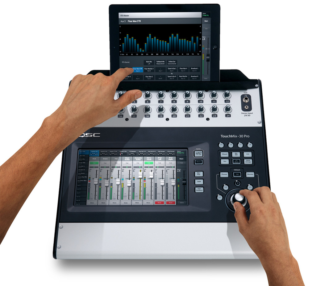 QSC Touchmix 30 with ipad