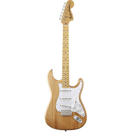 Fender '70s Stratocaster Front Facing