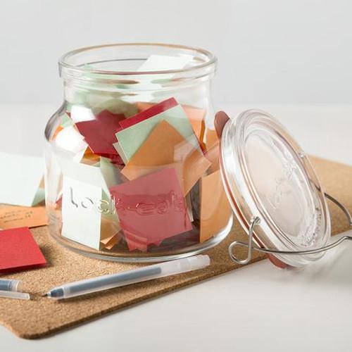Lock-Eat 1.5 L Handy Jar can store desk supplies