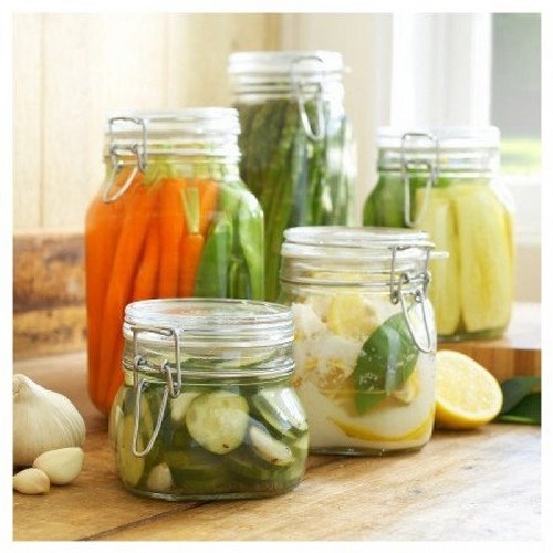 The 3L Fido Jar can store veggies in your freezer or refrigerator.