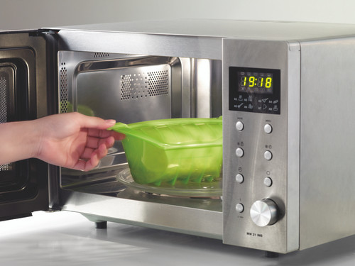Steaming in the microwave has never been so easy.