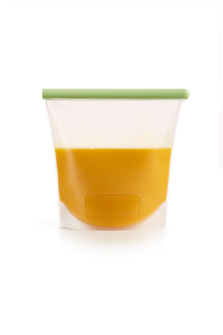 Ideal for storing liquids in the freezer or refrigerator