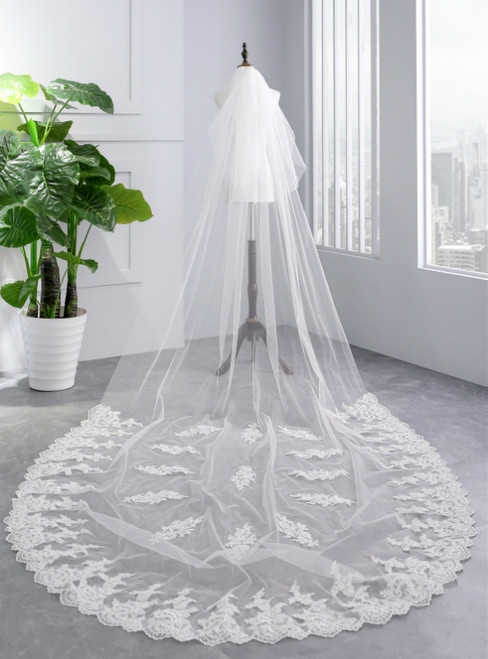 In Stock:Ship in 48 Hours White Appliques Bride Yarn Tulle Veils