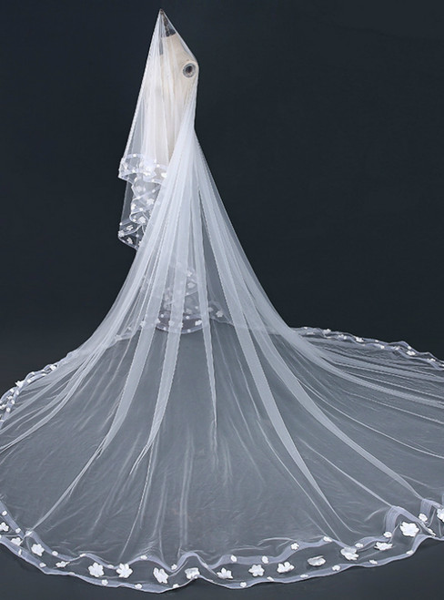 In Stock:Ship in 48 Hours Simple White Appliques Wedding Veils