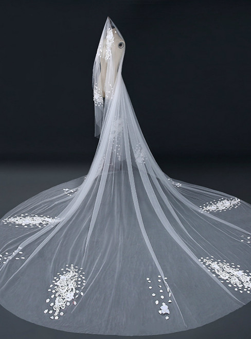 In Stock:Ship in 48 Hours Tulle Lace Flower Long Wedding Veils